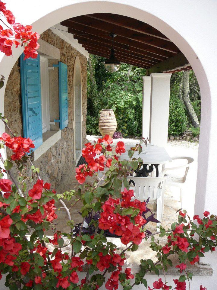 monthly rentals in Greece