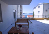 2 Bedroom apartment 150m to the beach
